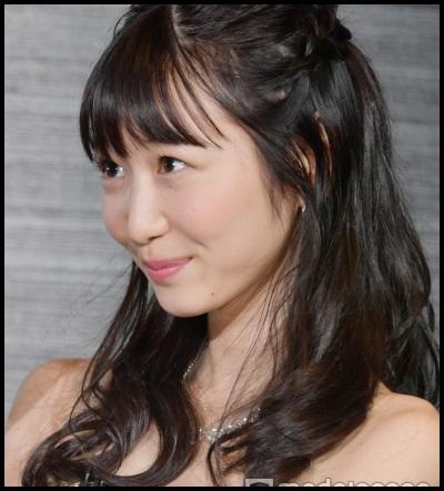 ハケンのキャバ嬢舞役の岡本夏美の過激画像!ドレス姿が可愛い!